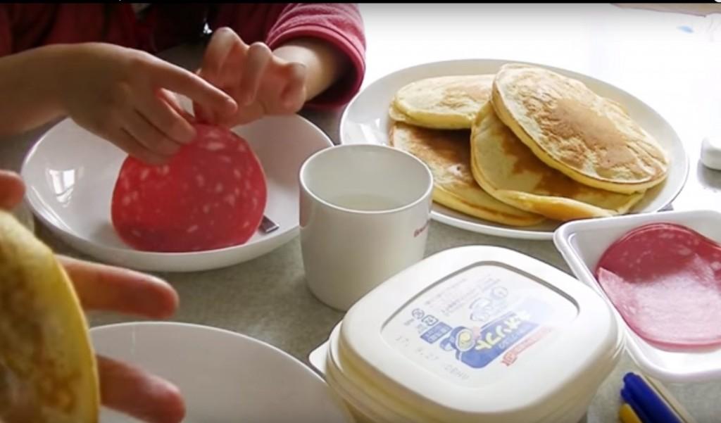朝ごはんを食べさして登園&出社