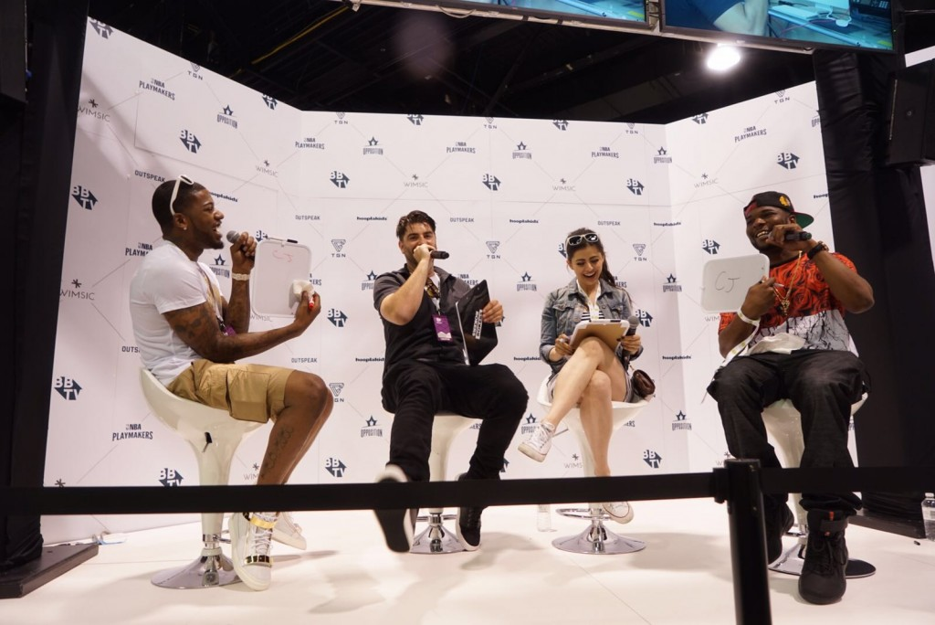 cj and jinx  1024x684 Vidcon Day 1   Heres what you missed!