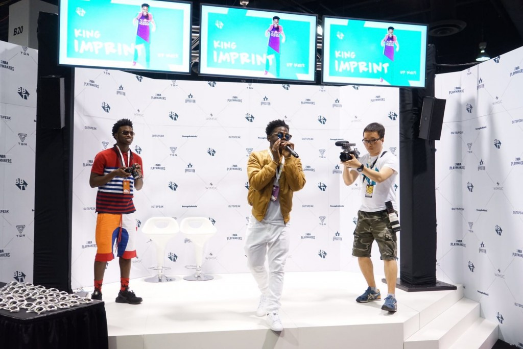king 1024x684 Vidcon Day 1   Heres what you missed!